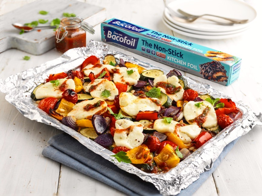 ROASTED MEDITERRANEN VEGETABLES WITH HALLOUMI