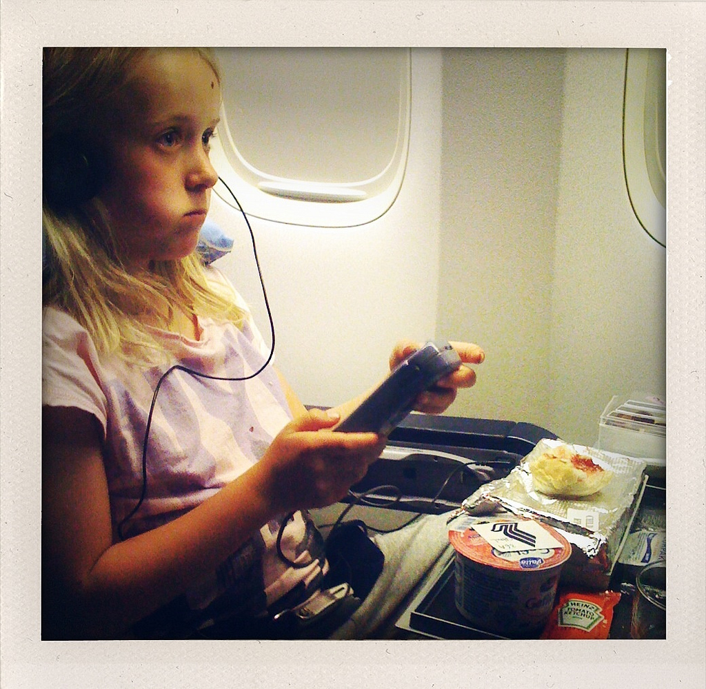 Travelling by plane with kids: some helpful advice