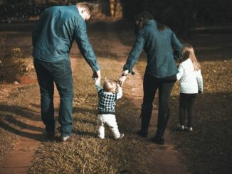 5 Reasons a Life Insurance Policy Can Save Your Family